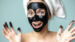 Benefits of charcoal face mask